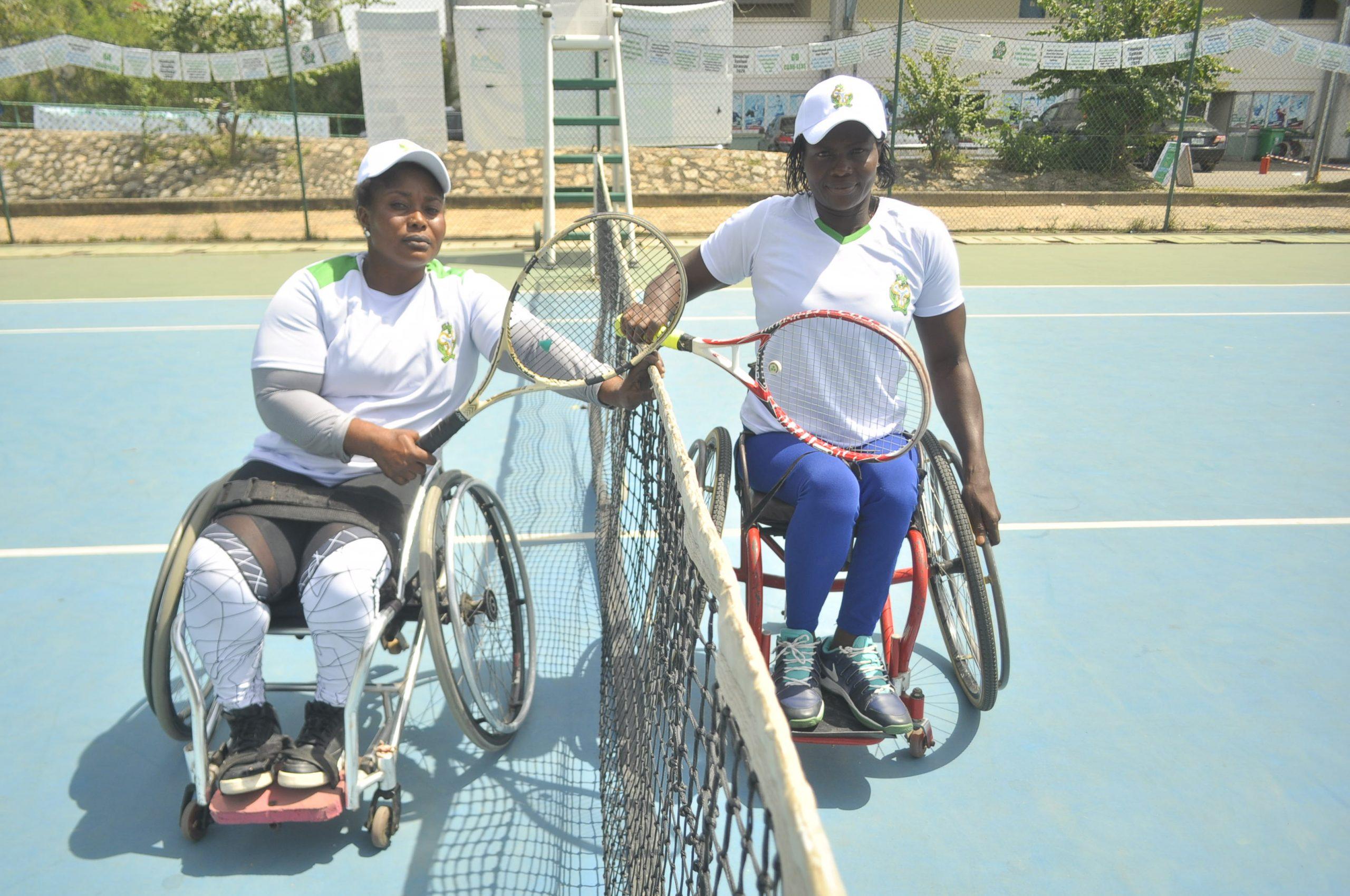 Kafayat Omisore and Chituru Nwaozuzu after the Womens Wheelchair Final scaled